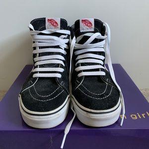 "SK8-HI Vans ""off the wall"" sneaker"